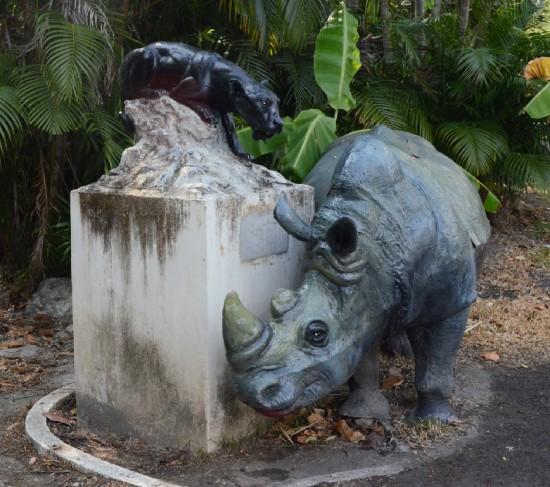 The Ceratotherium simum sculpture in the Chiangmai zoo (Thailand)